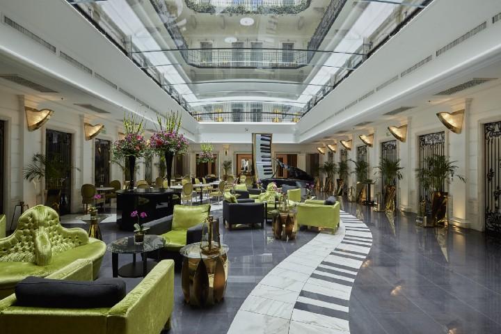 aria-hotel-inside