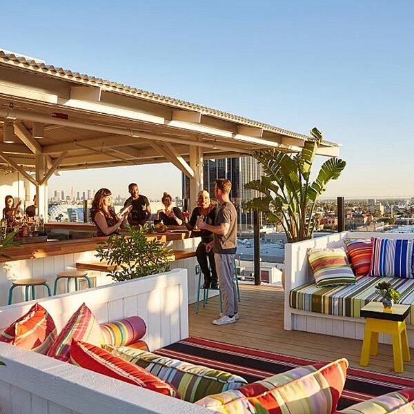 rooftop-hotel-mama-shelter-LA